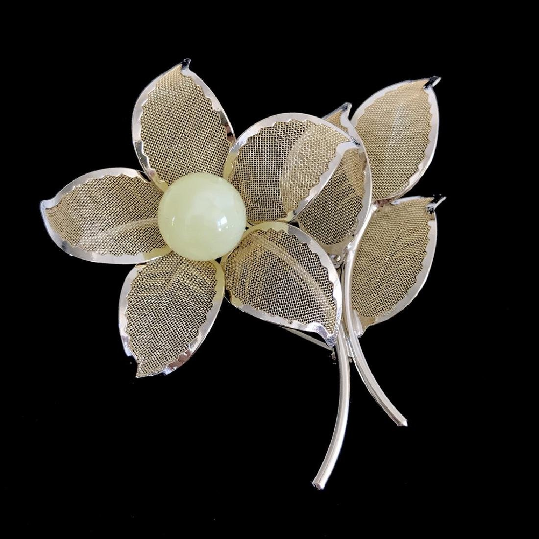 Vintage style gold-plated brooch 57x56mm with Baltic
