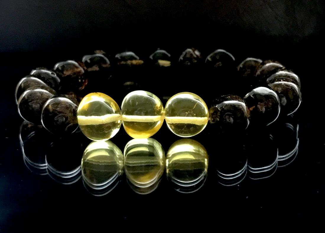 Bracelet old Baltic amber beads black&lemon 16.2 gr - 2