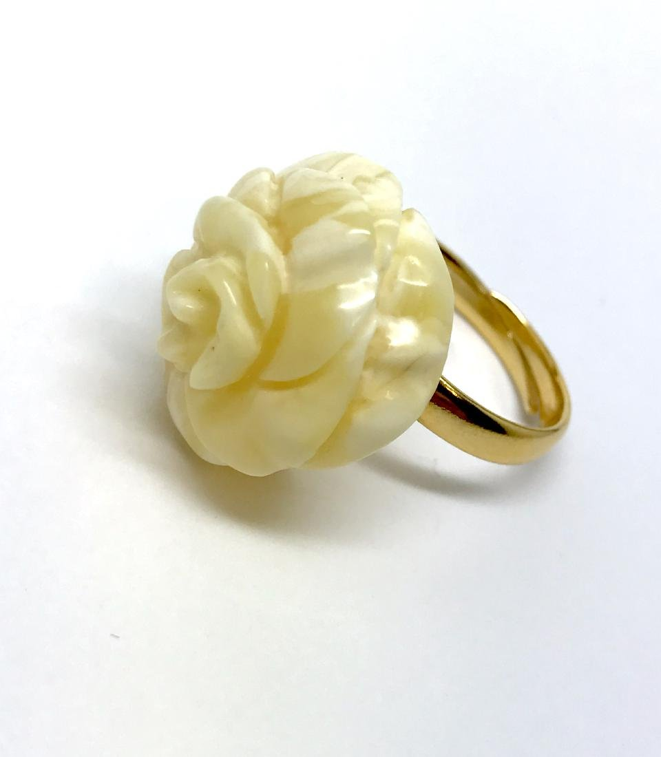 Vintage silver ring white Baltic amber hand carved rose - 4