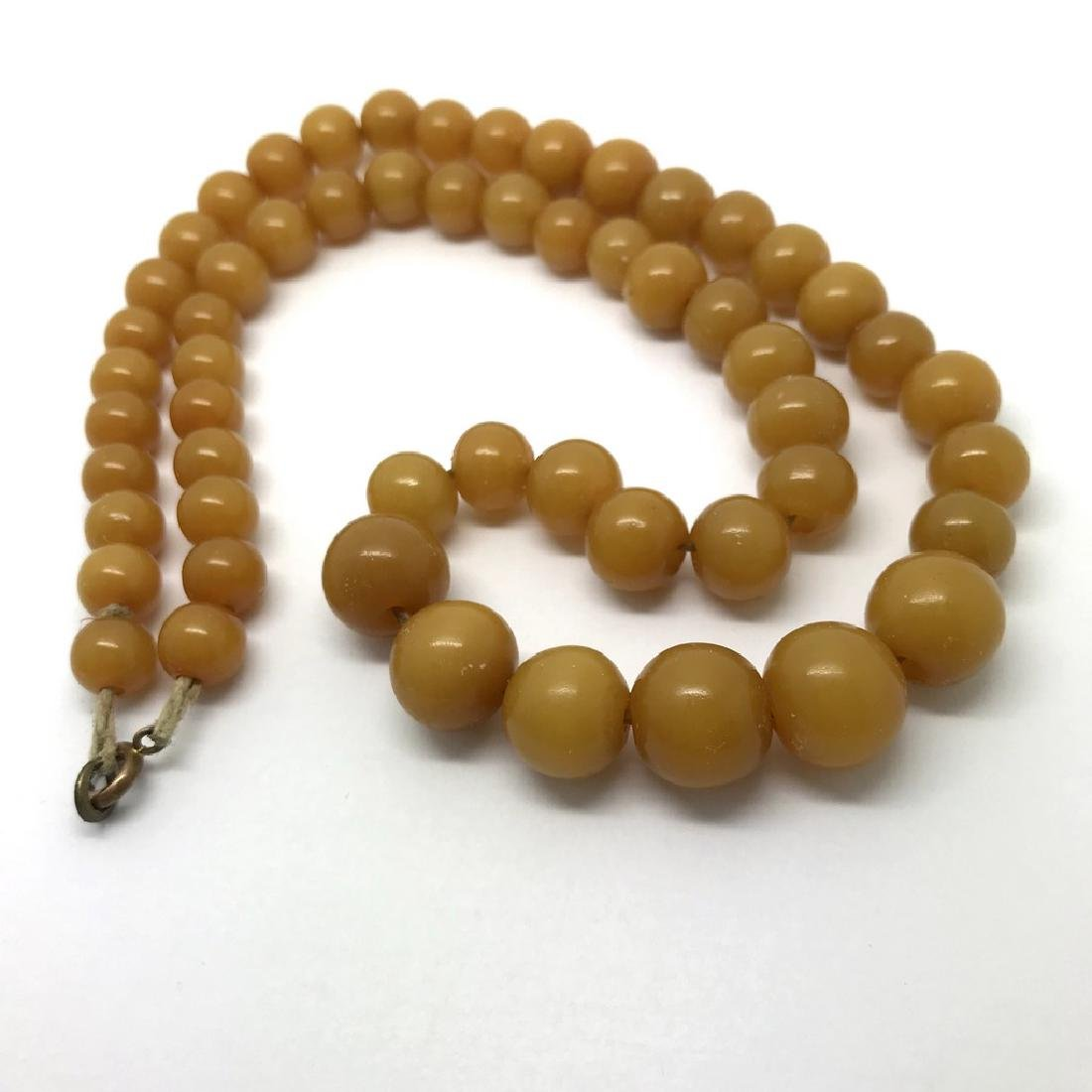 Antique necklace toffee amber design bakelite beads