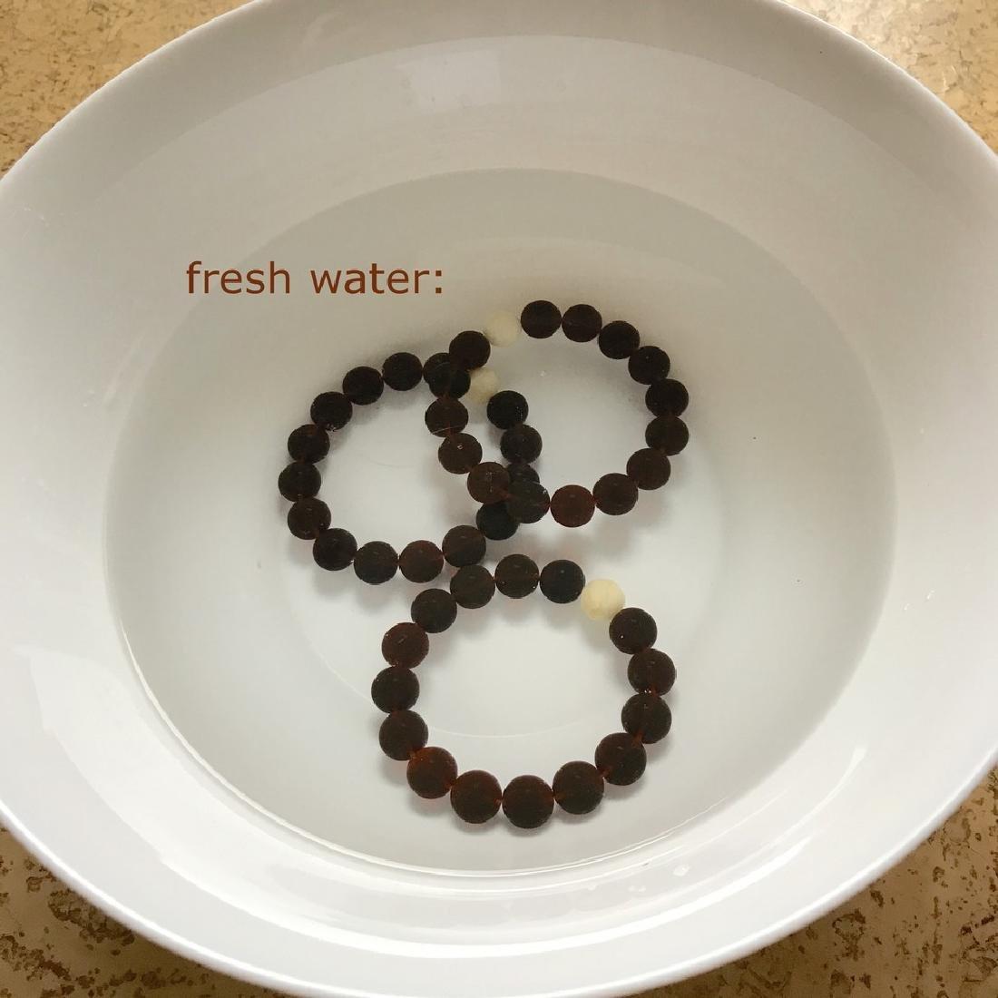 Bracelet Baltic amber cherry white beads ø11mm - 9