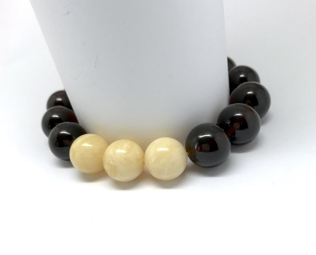 Bracelet Baltic amber cherry white beads ø11mm - 6
