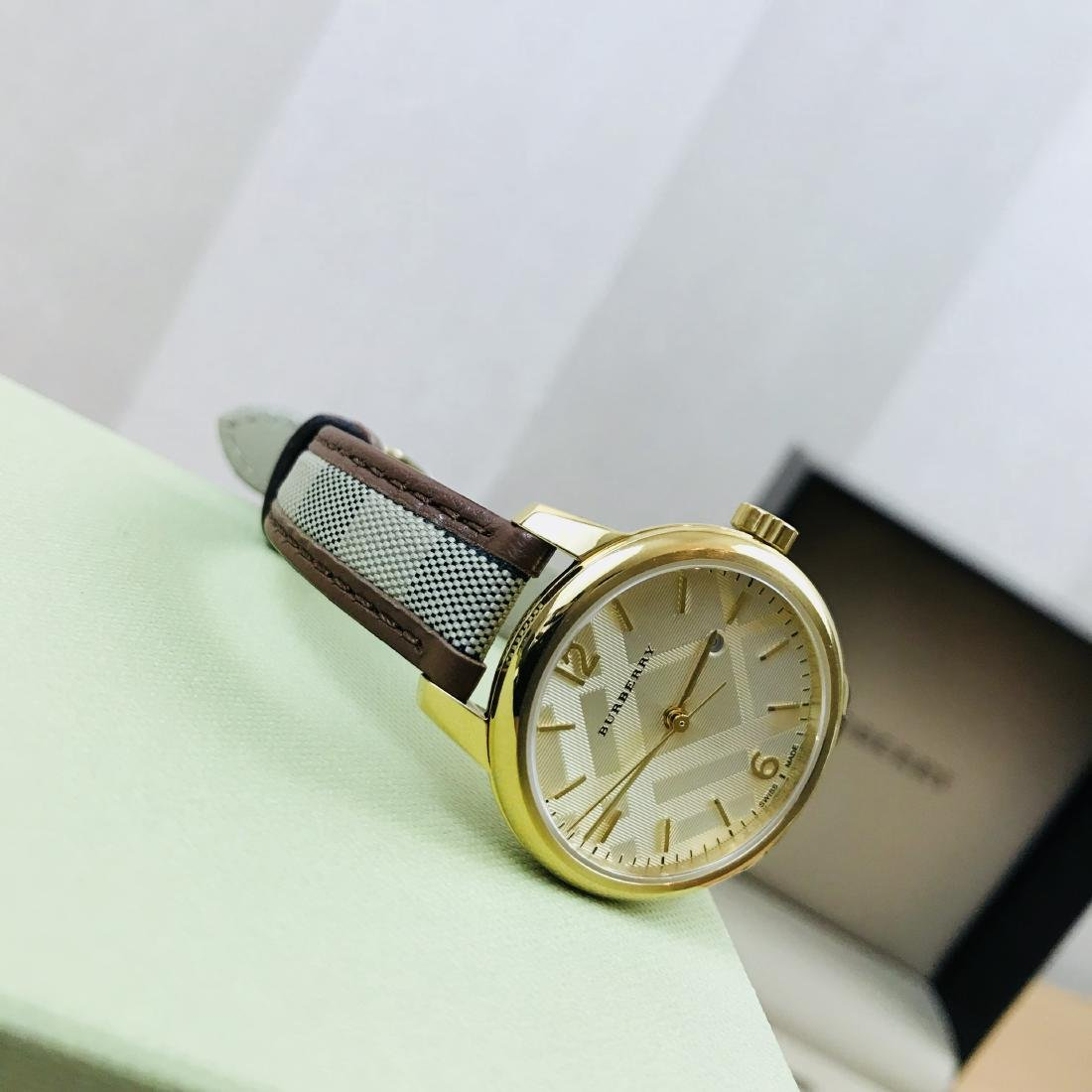 Burberry Swiss Made Gold Plated Classic Round Ladies - 8