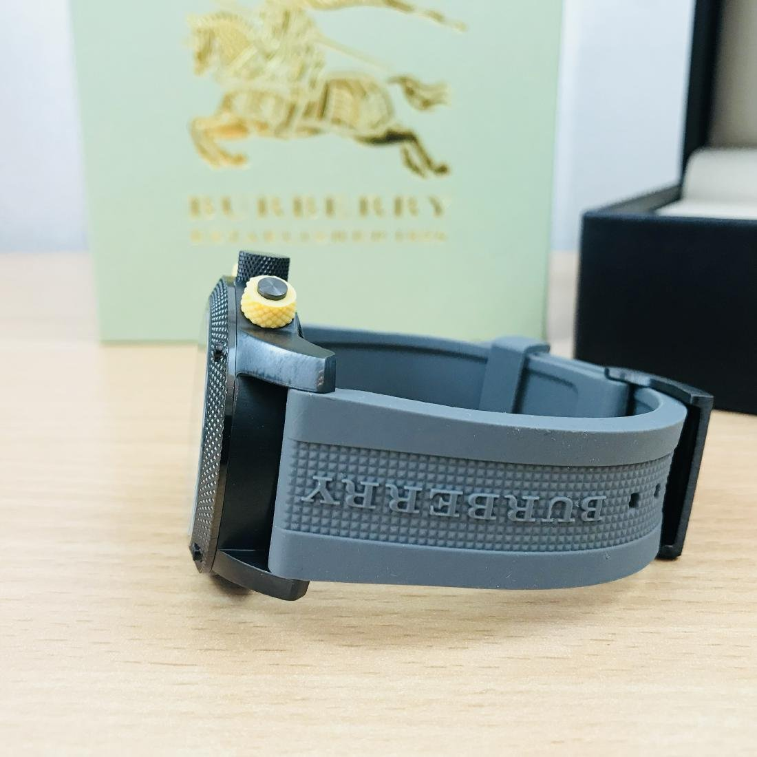 Burberry Endurance Swiss Made Men's Chronograph Watch - 5