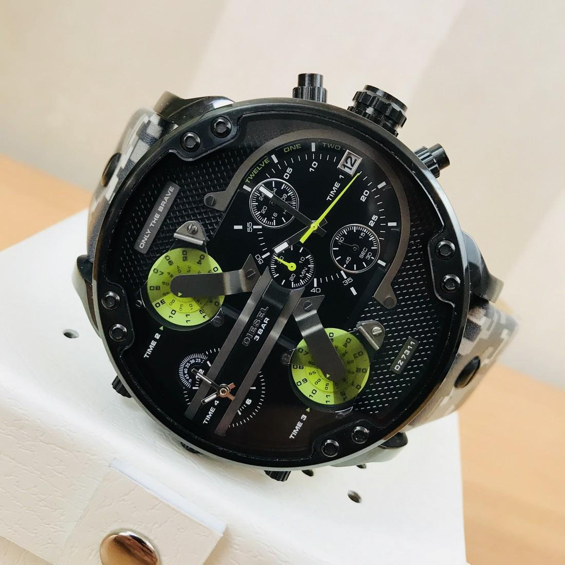 Diesel – Mr. Daddy 2.0 Big Camo Watch - 2