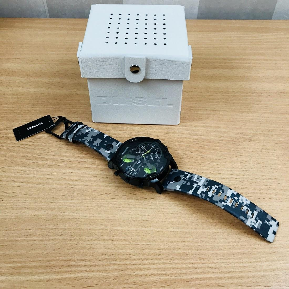 Diesel – Mr. Daddy 2.0 Big Camo Watch - 6