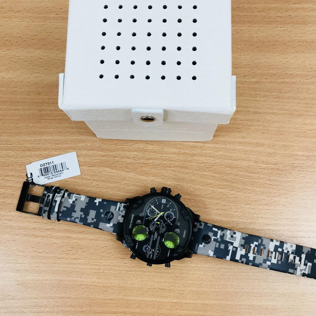 Diesel – Mr. Daddy 2.0 Big Camo Watch - 7