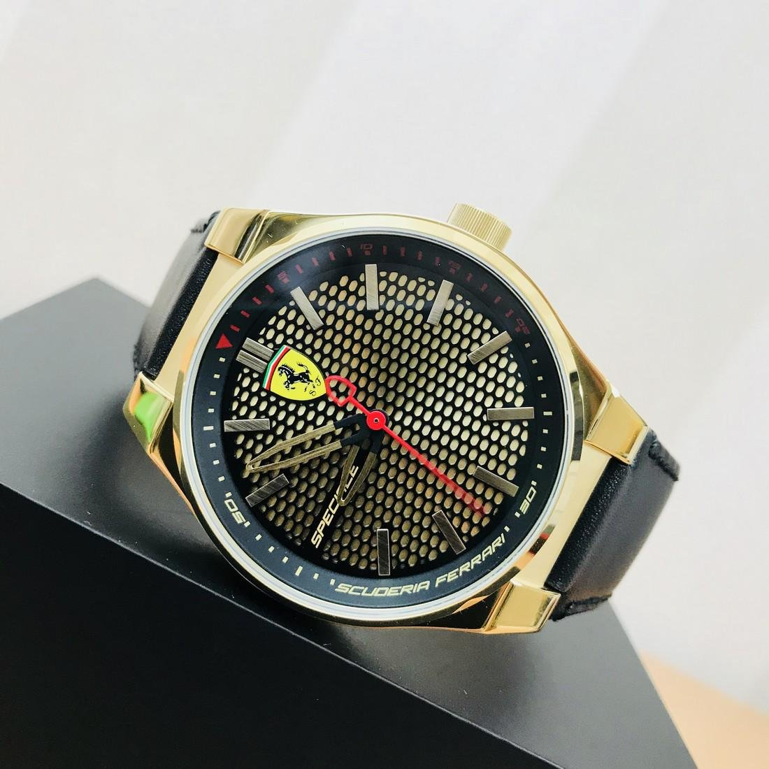 Scuderia Ferrari – SPECIALE Men's Gold Plated Watch