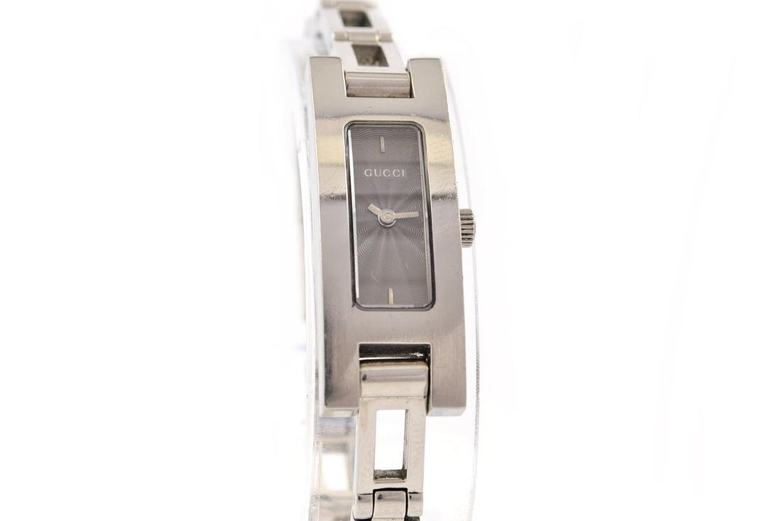 Vintage Gucci 3900L Stainless Steel Womens Petite