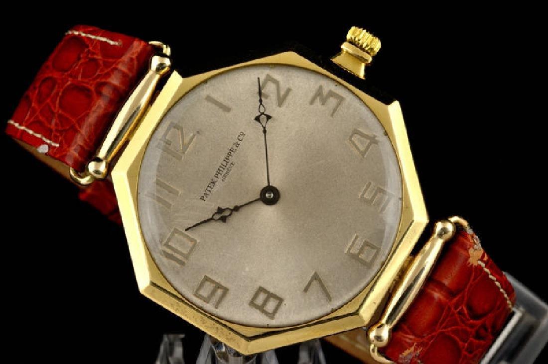 Patek Philippe Chronometer Octagonal Gold - 18K
