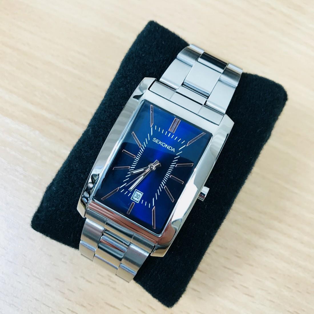 SEKONDA Classic Rectangular Watch