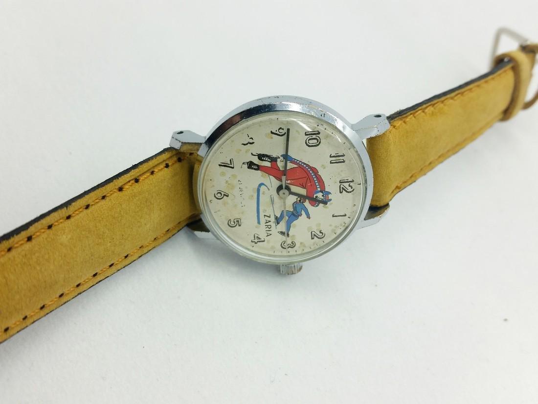 ZARiA Skiing figured dial ladies vintage wristwatch - - 7