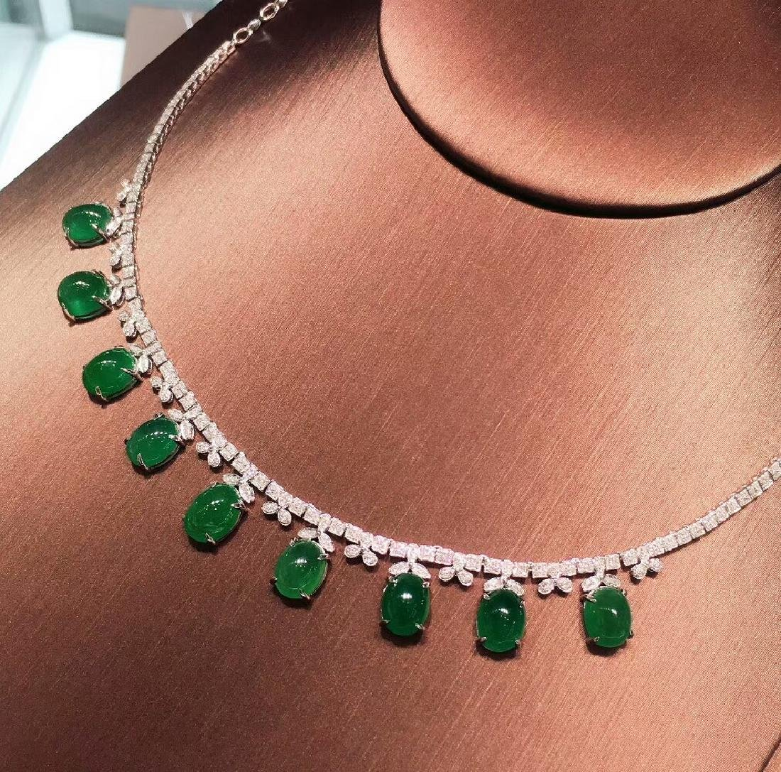 29.5ct Emerald Necklace in 18kt White Gold - 4
