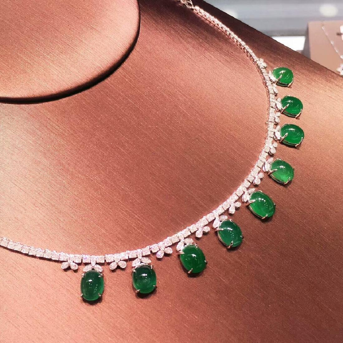 29.5ct Emerald Necklace in 18kt White Gold - 5