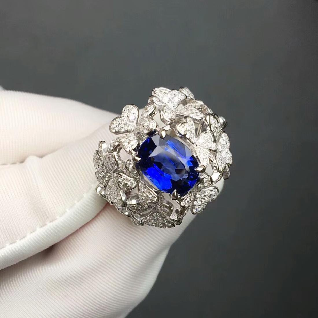 3.06 CTW Sapphire & VS Diamond Ring 18K