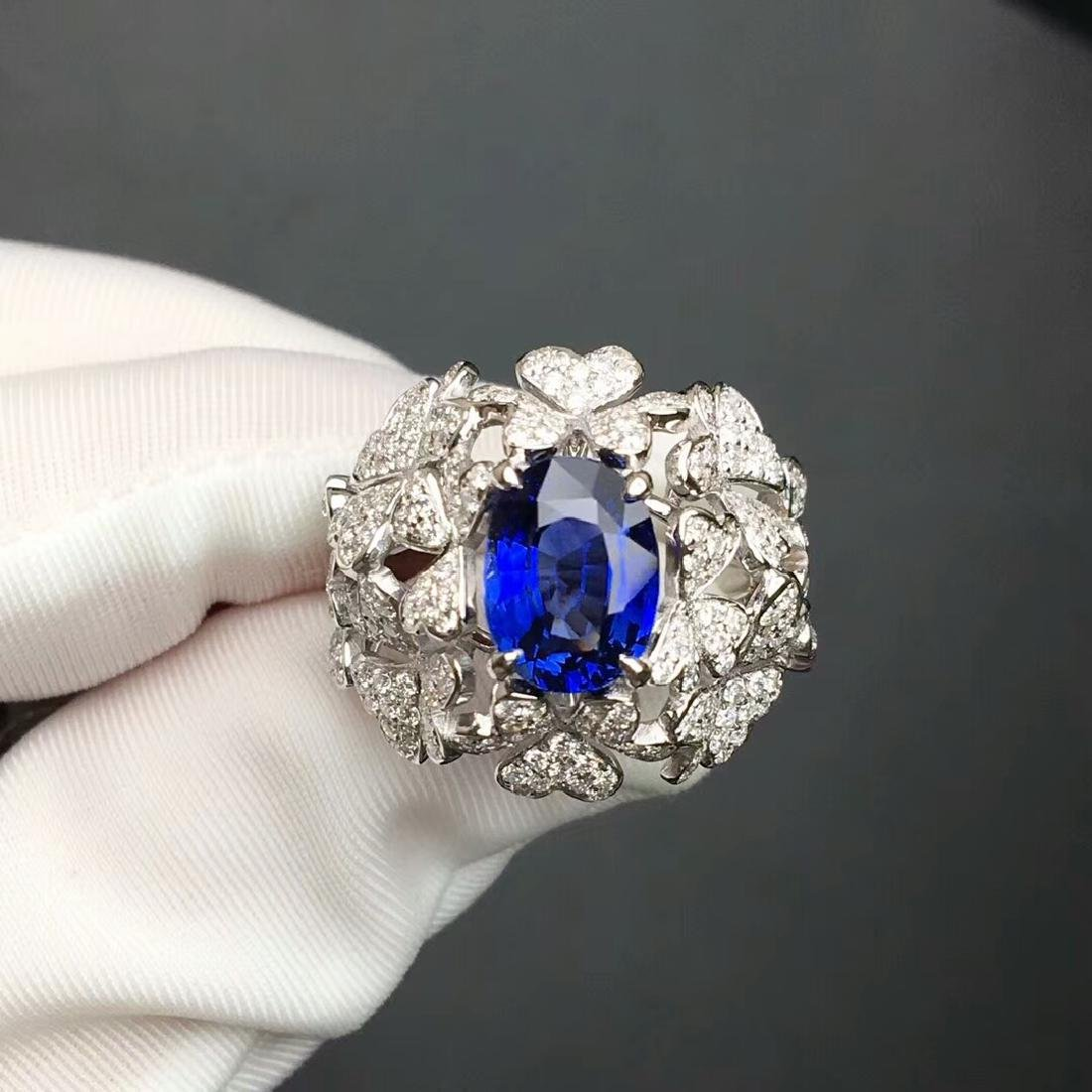 3.06 CTW Sapphire & VS Diamond Ring 18K - 4