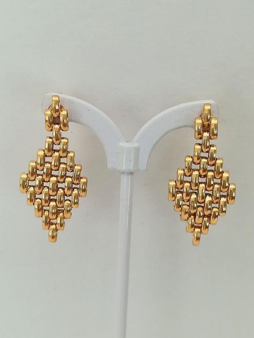 19.2 carats - gold earrings
