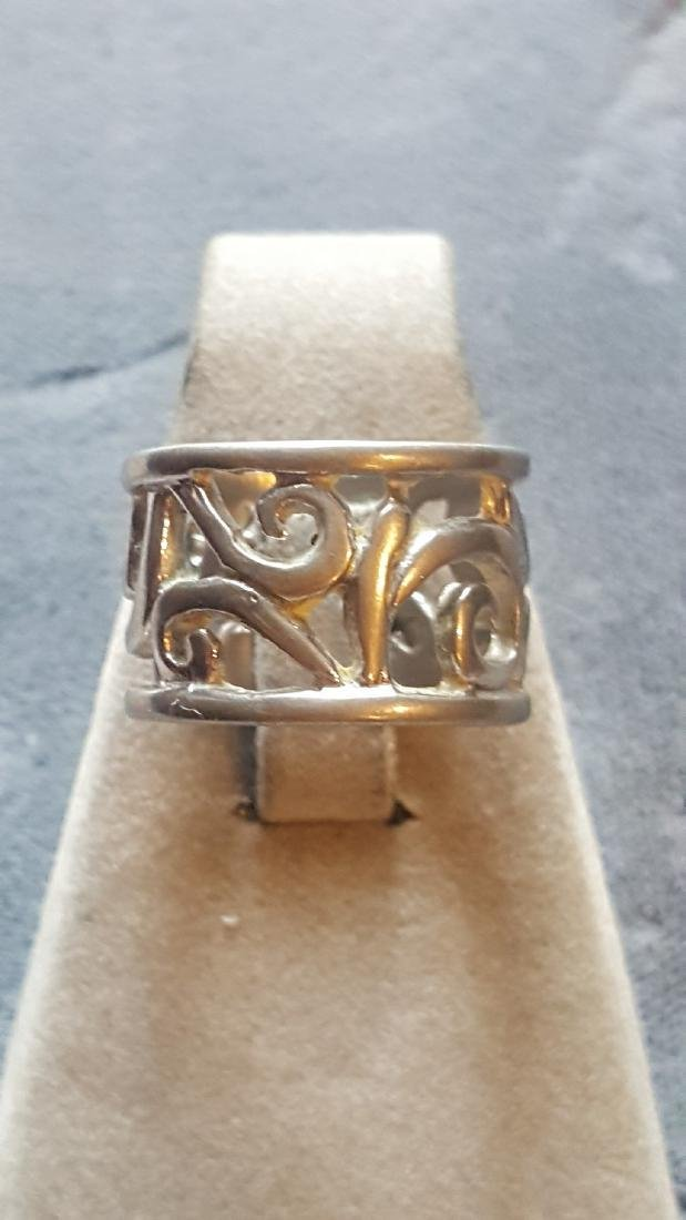 Beautiful Carved Silver Filigree Ring