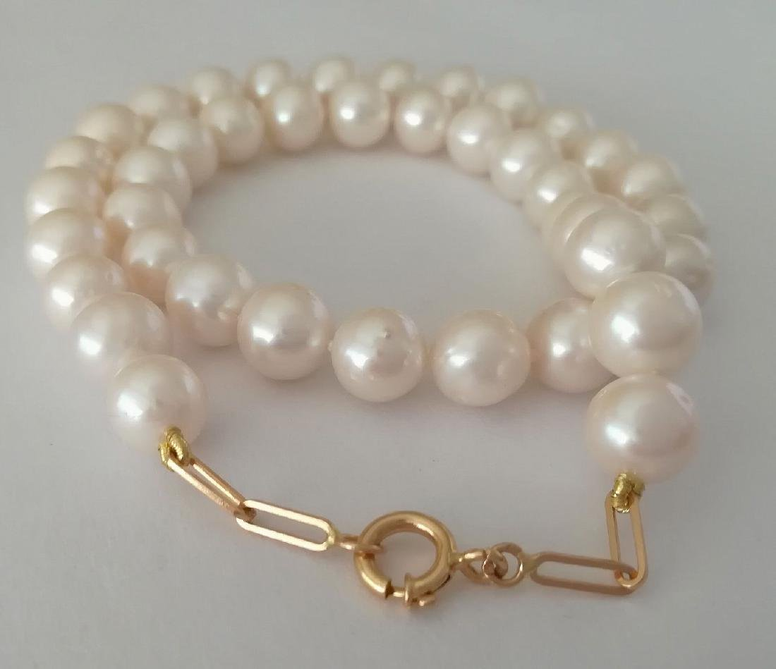 19.2 carats gold - necklace pearls water salt 10.5 mm -
