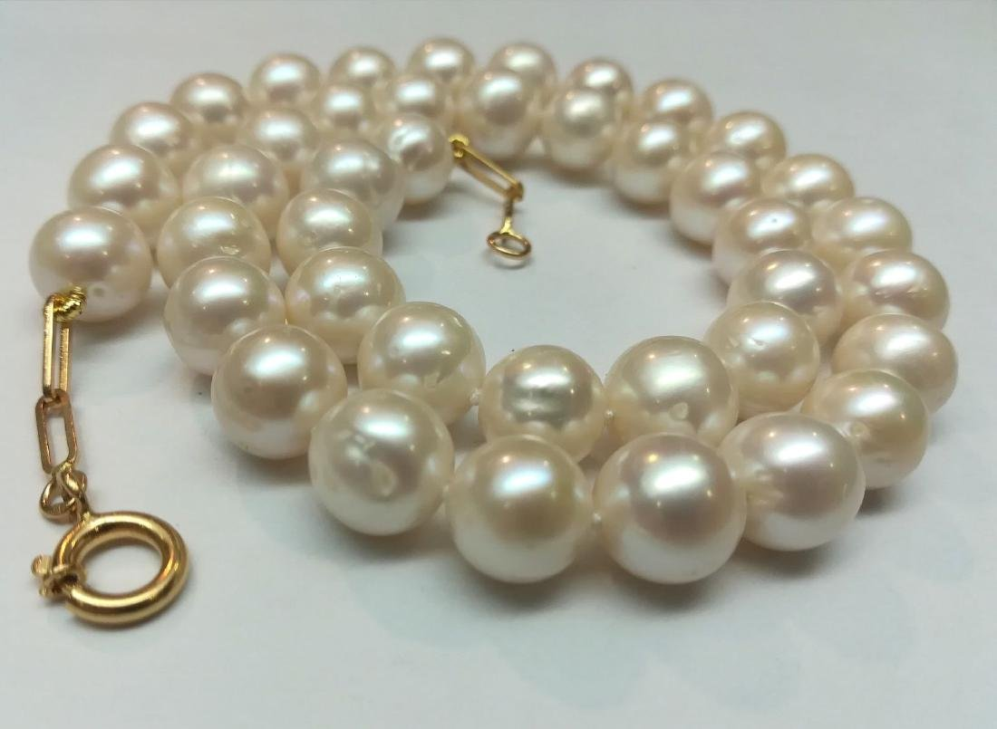 19.2 carats gold - necklace pearls water salt 10.5 mm - - 4