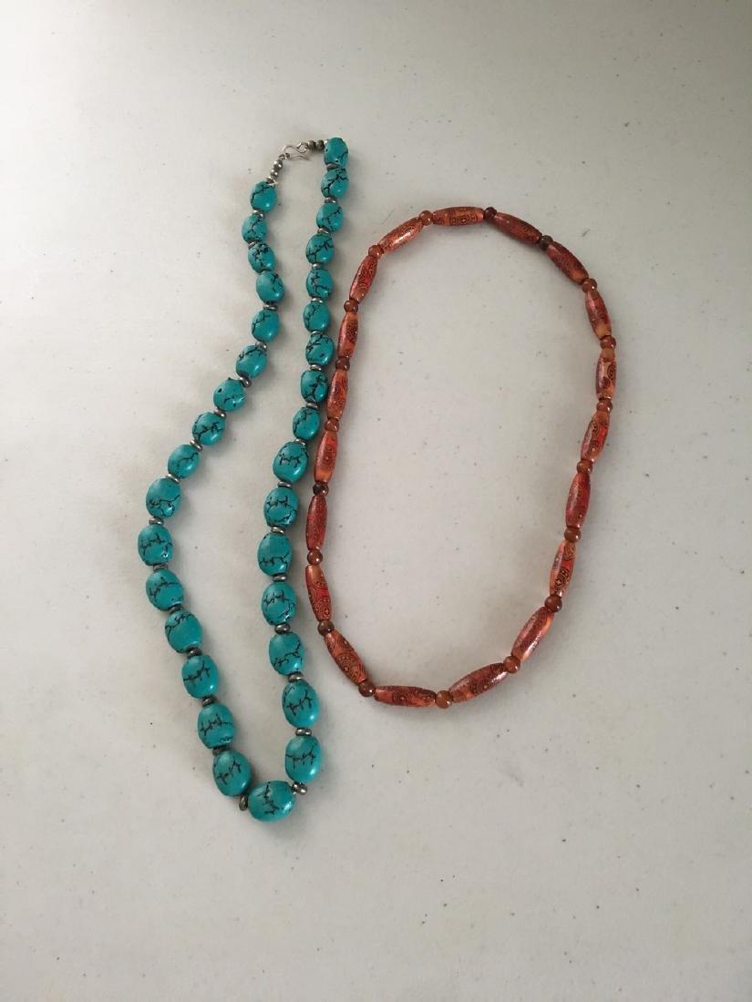 a set of turquoise/egypt wood/sarcandra glabra necklace