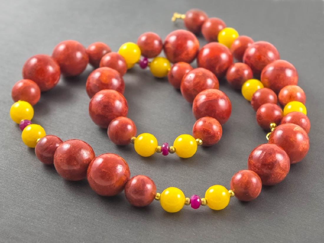 Coral and Jade necklace with Rubies - 4