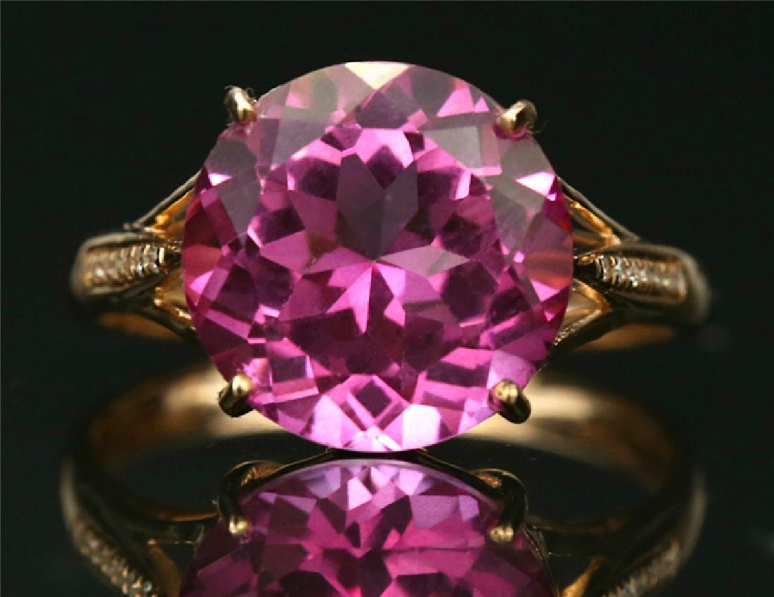 Certified-18K rose gold ring with Pink Topaz