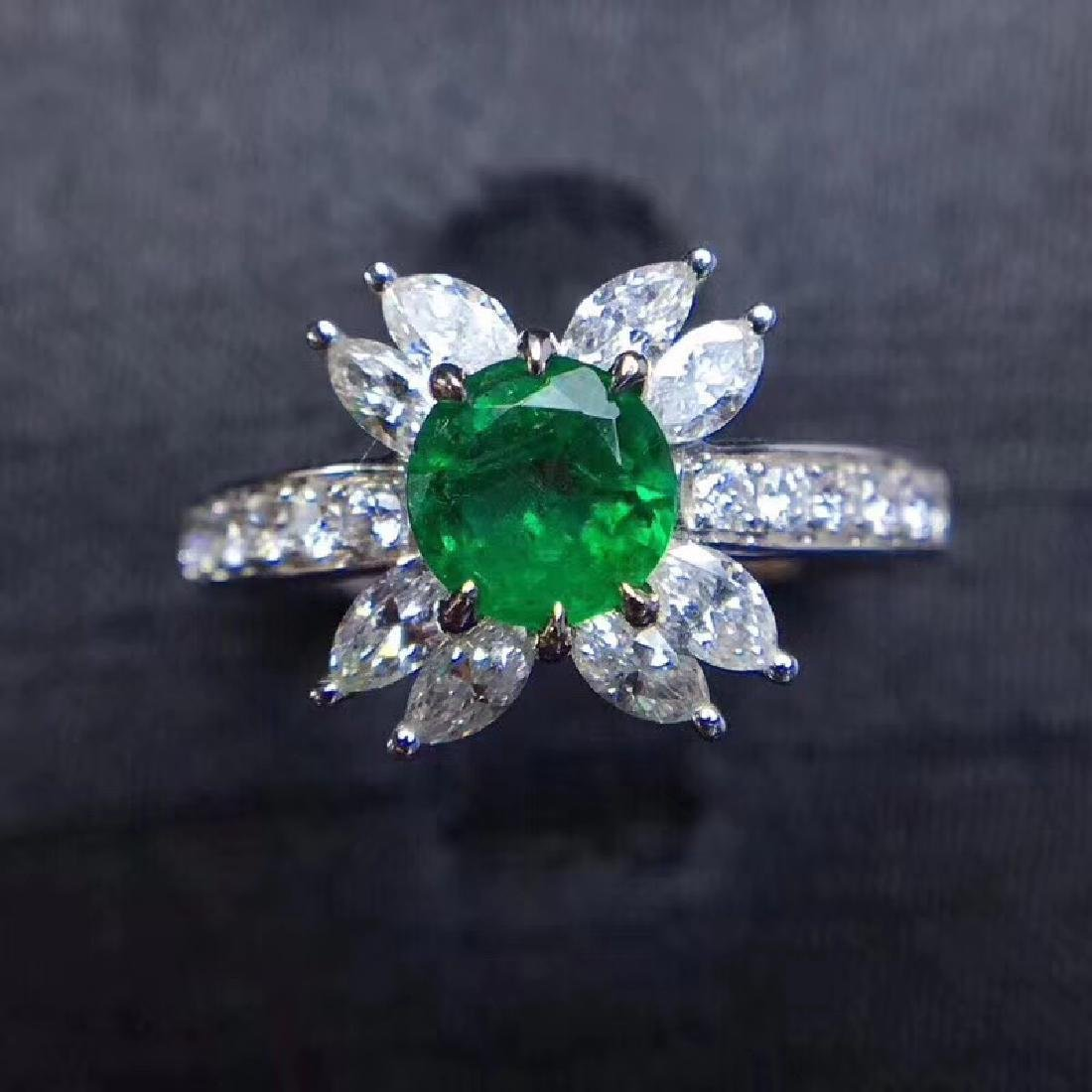 0.8 CTW Emerald & VS Diamond Ring 18K