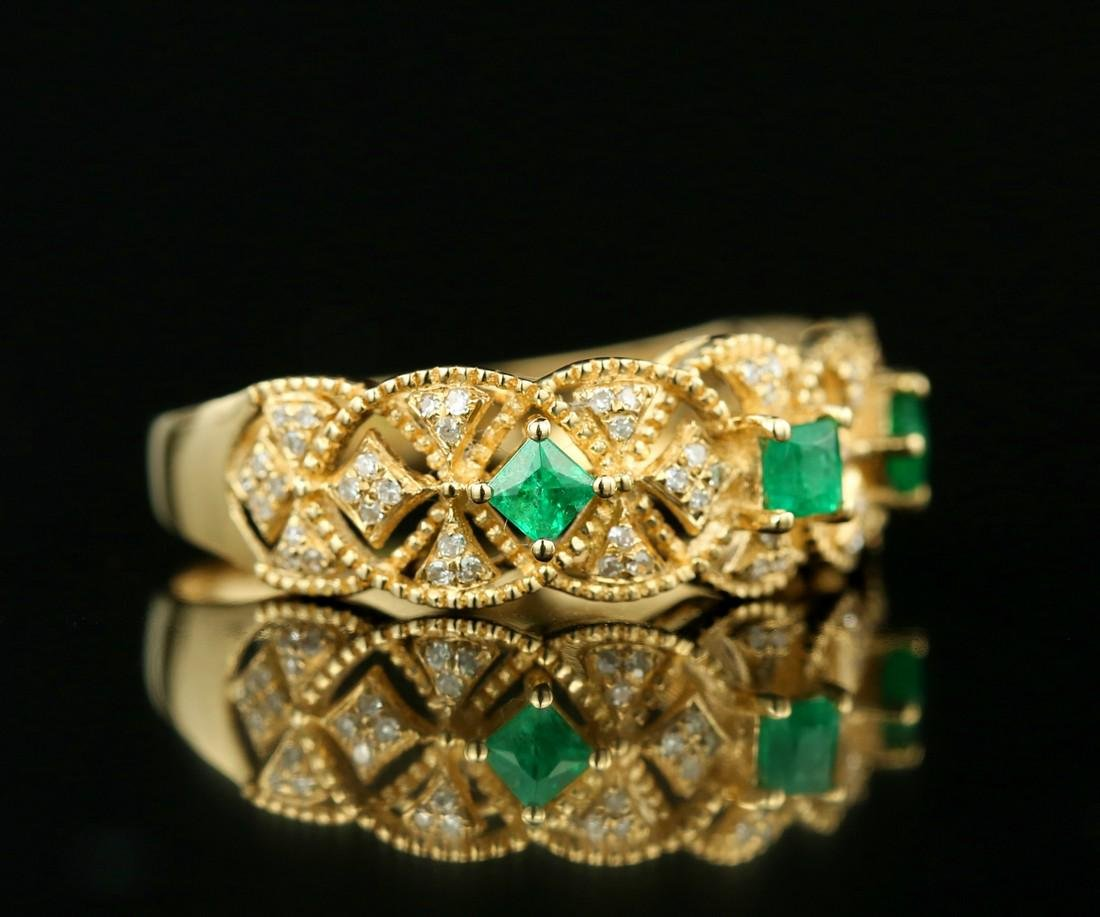 Certified-Exquisite 18KT yellow gold ring with Emerald - 4