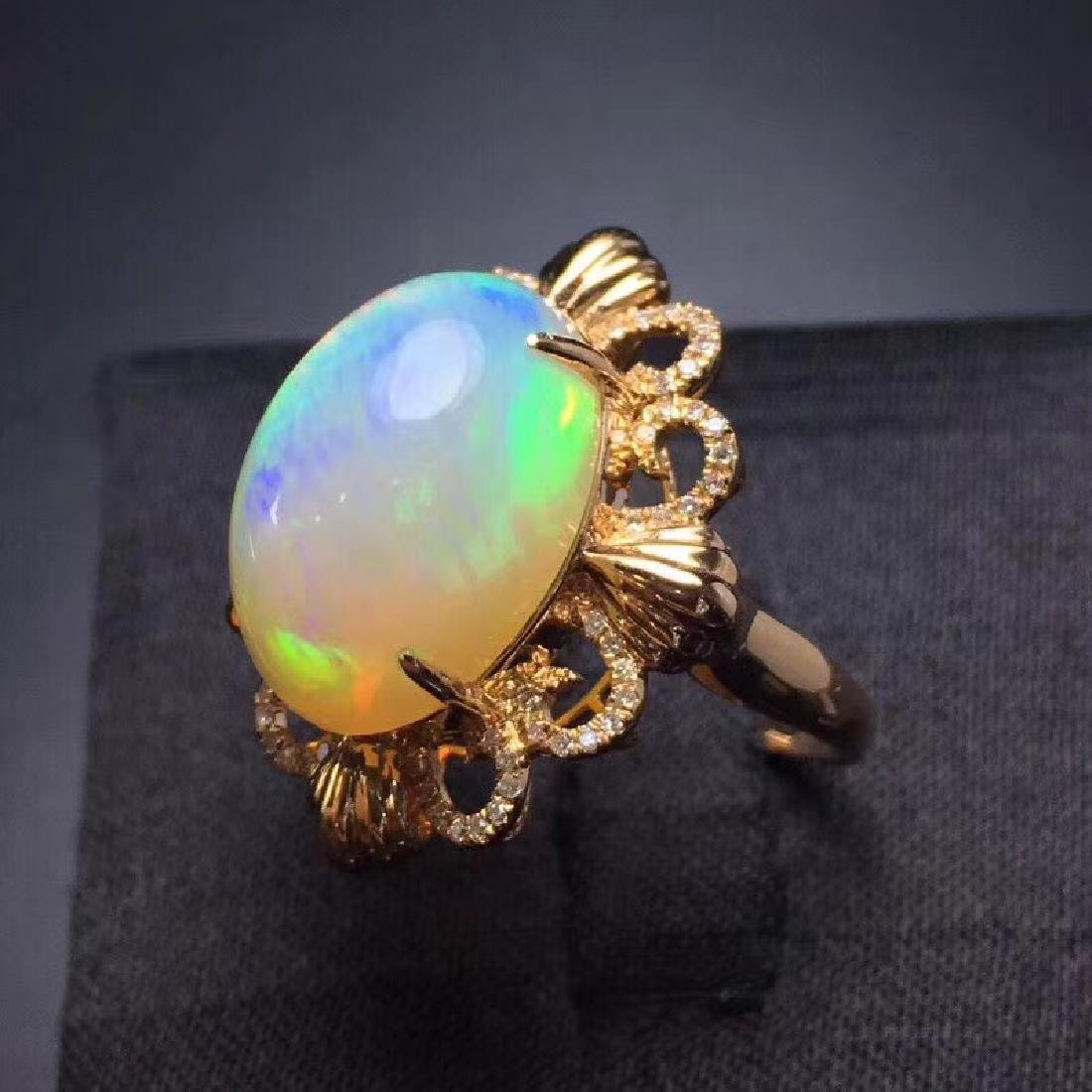 7.7 CTW Opal & VS Diamond Ring 18K - 3