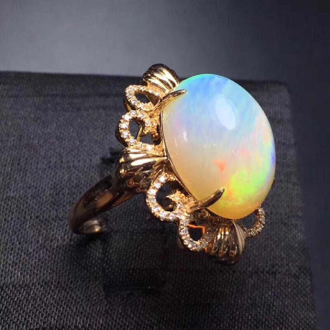 7.7 CTW Opal & VS Diamond Ring 18K - 4