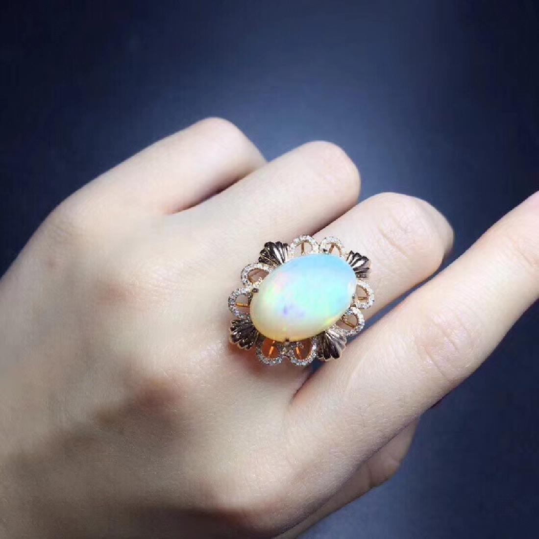 7.7 CTW Opal & VS Diamond Ring 18K - 6