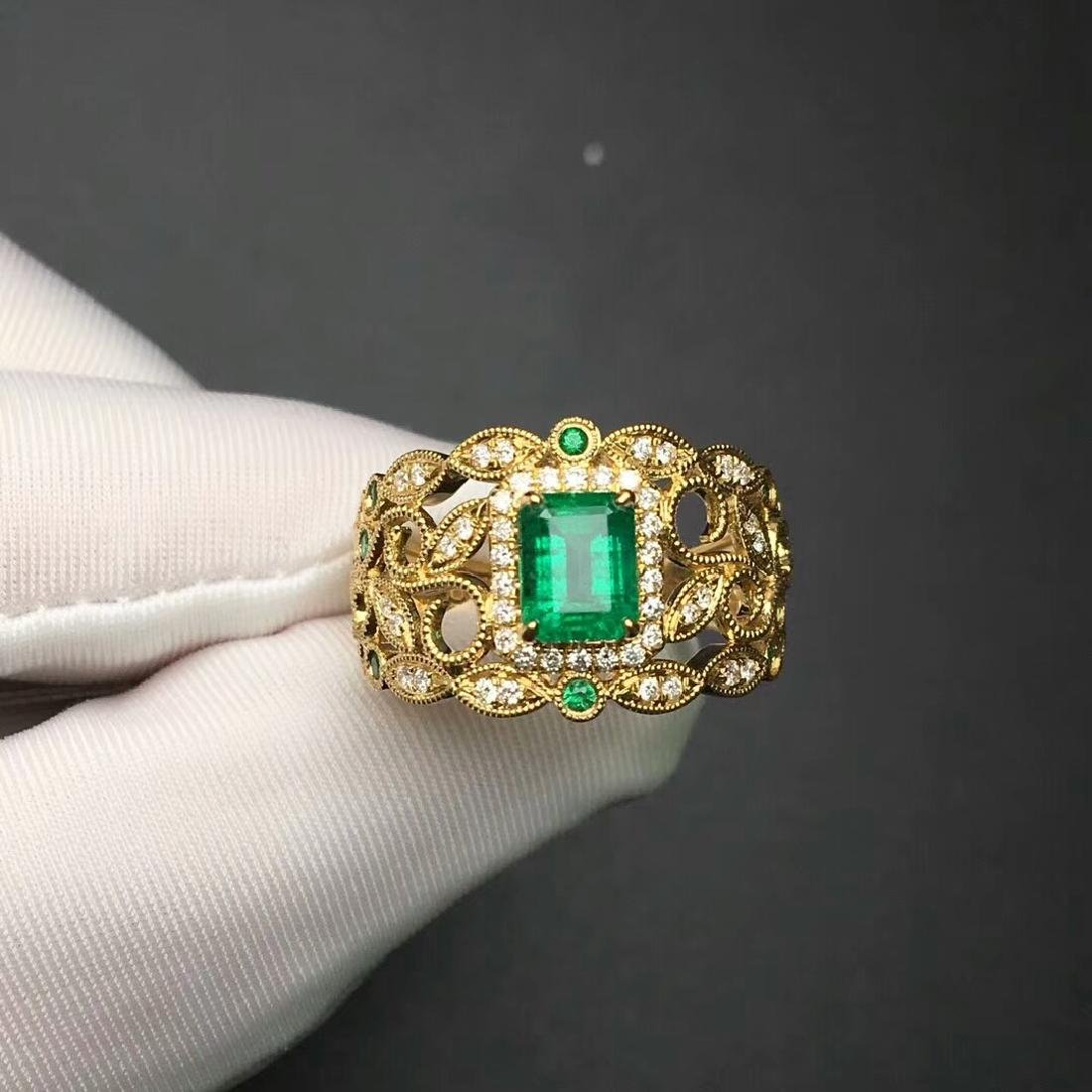 1.09 CTW Emerald & VS Diamond Ring 18K - 2