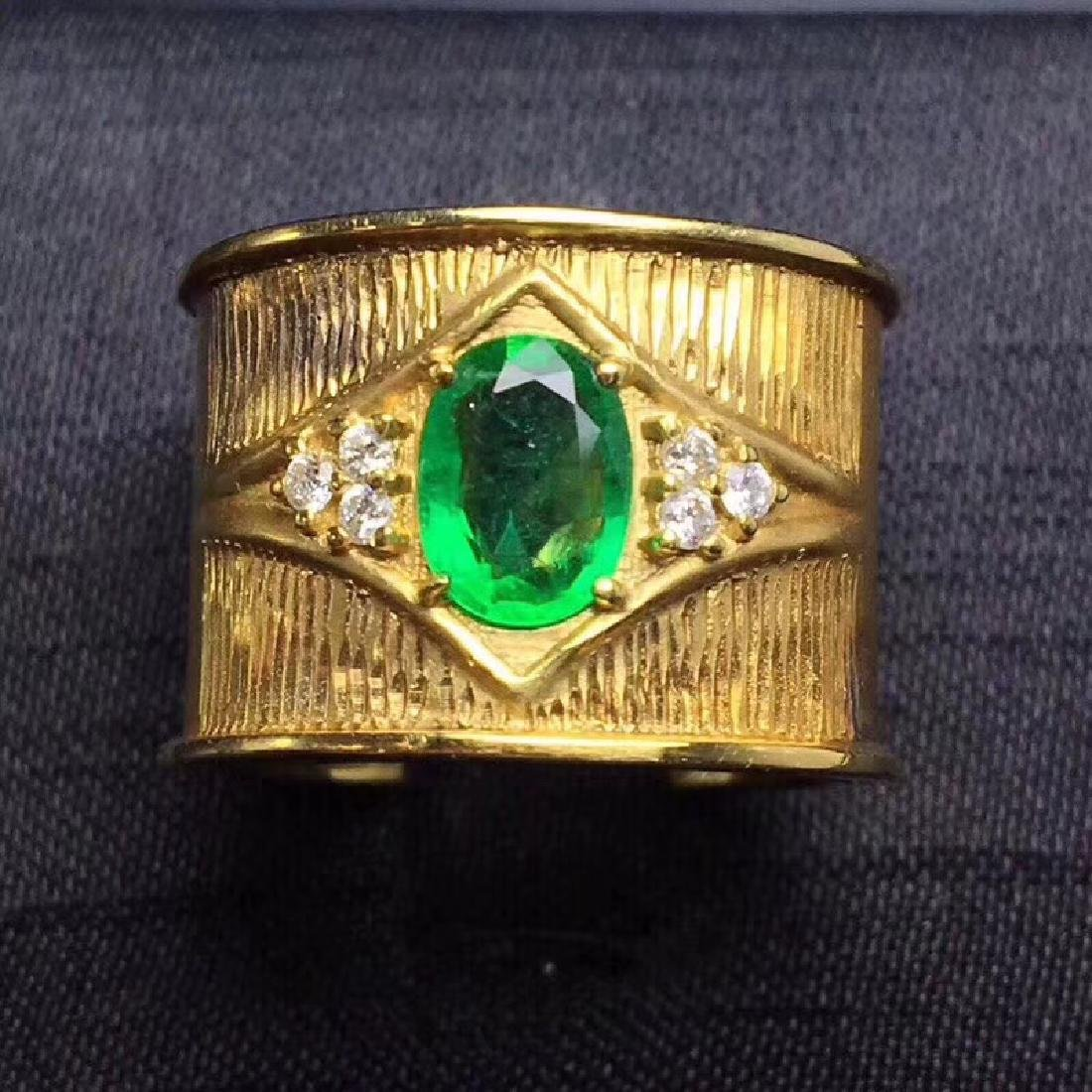 0.9 CTW Emerald & VS Diamond Ring 18K