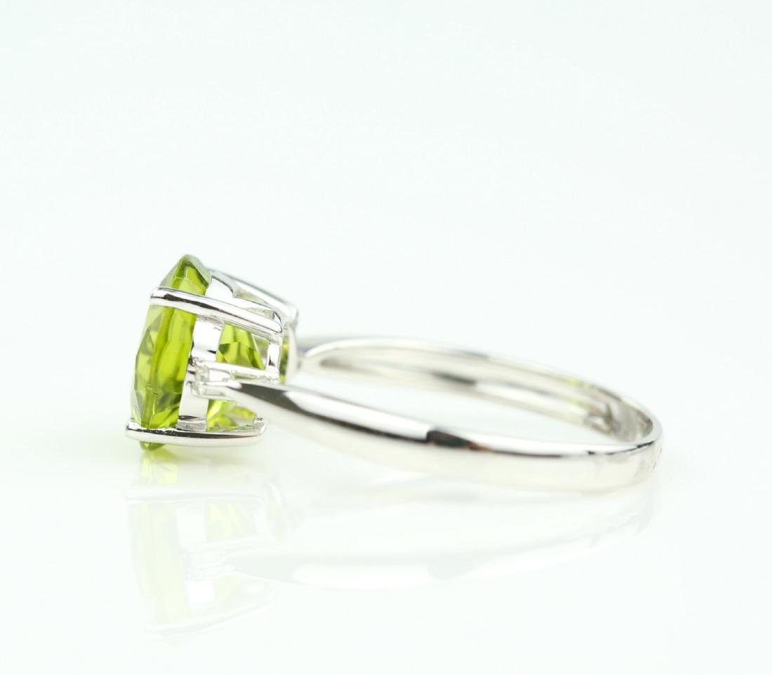 Certified-18K white gold ring with Peridot2.88ct. - 4