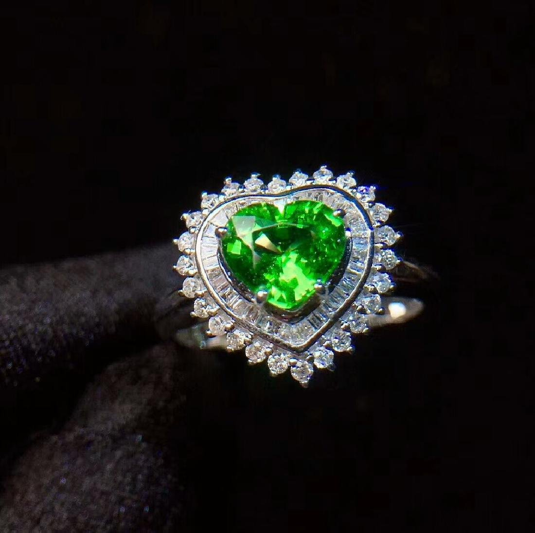 1.01ct Tsavorite Ring in 18kt white Gold
