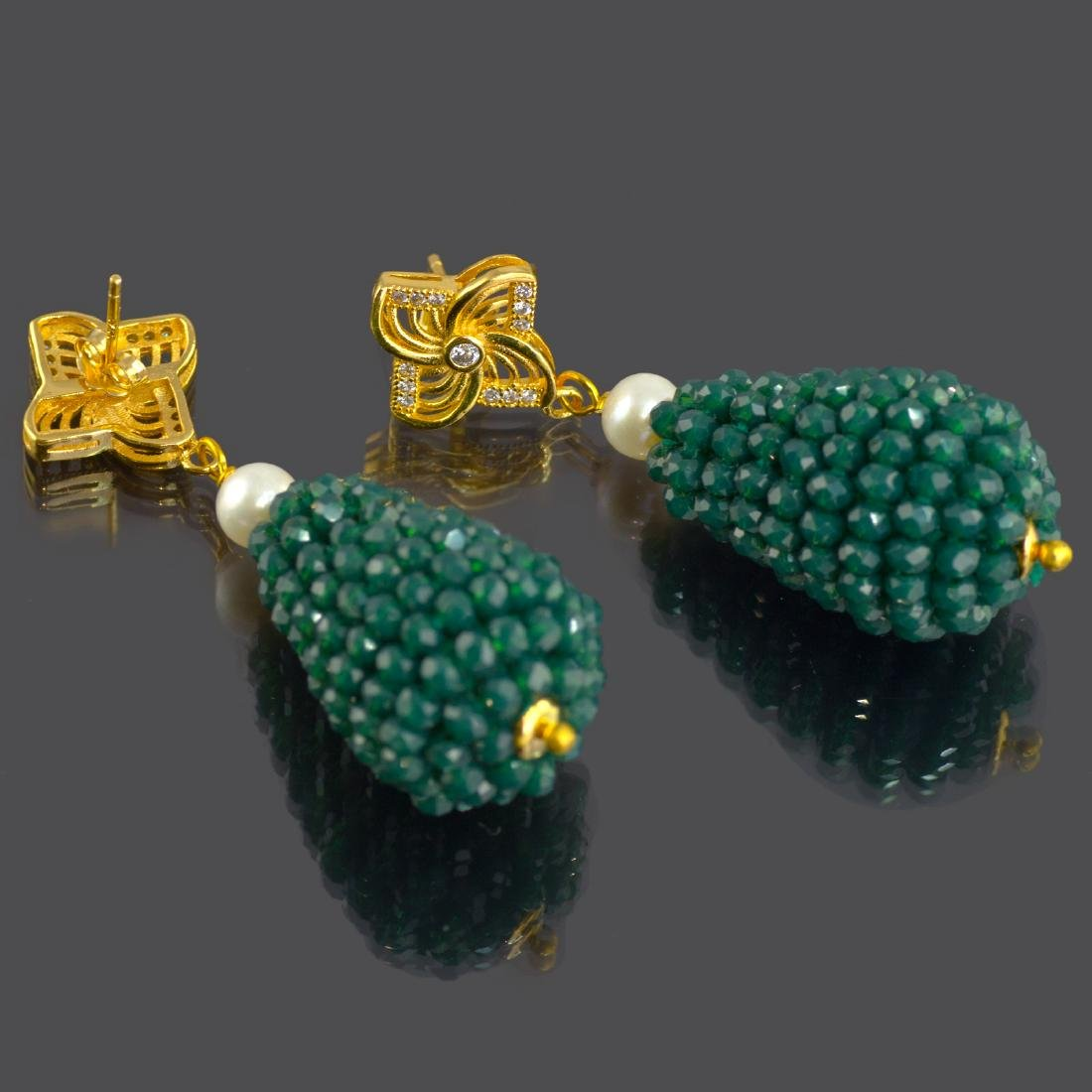 Green Onyx and Pearl Vintage Style Earrings - 4