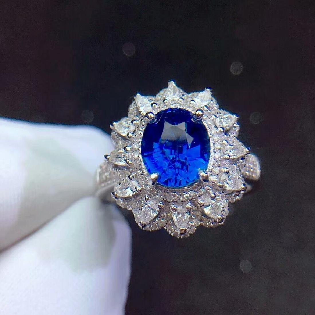 1.52ct Sapphire Ring in 18kt Rose Gold
