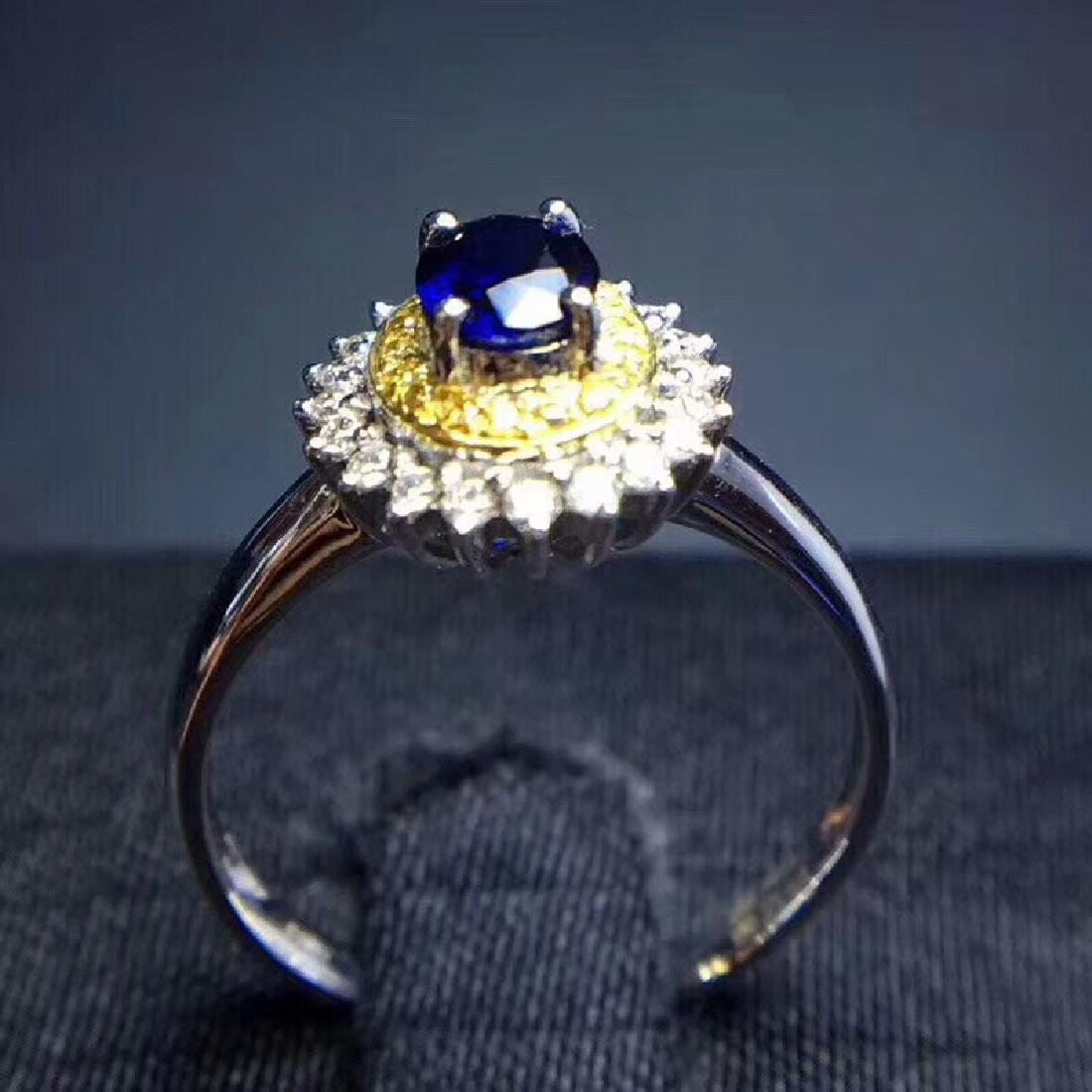 0.75 CTW Sapphire & VS Diamond Ring 18K - 5