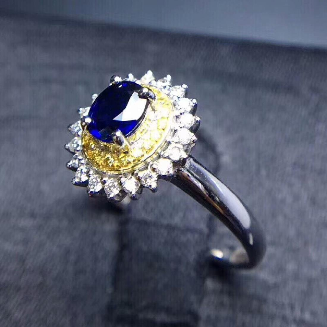 0.75 CTW Sapphire & VS Diamond Ring 18K - 6