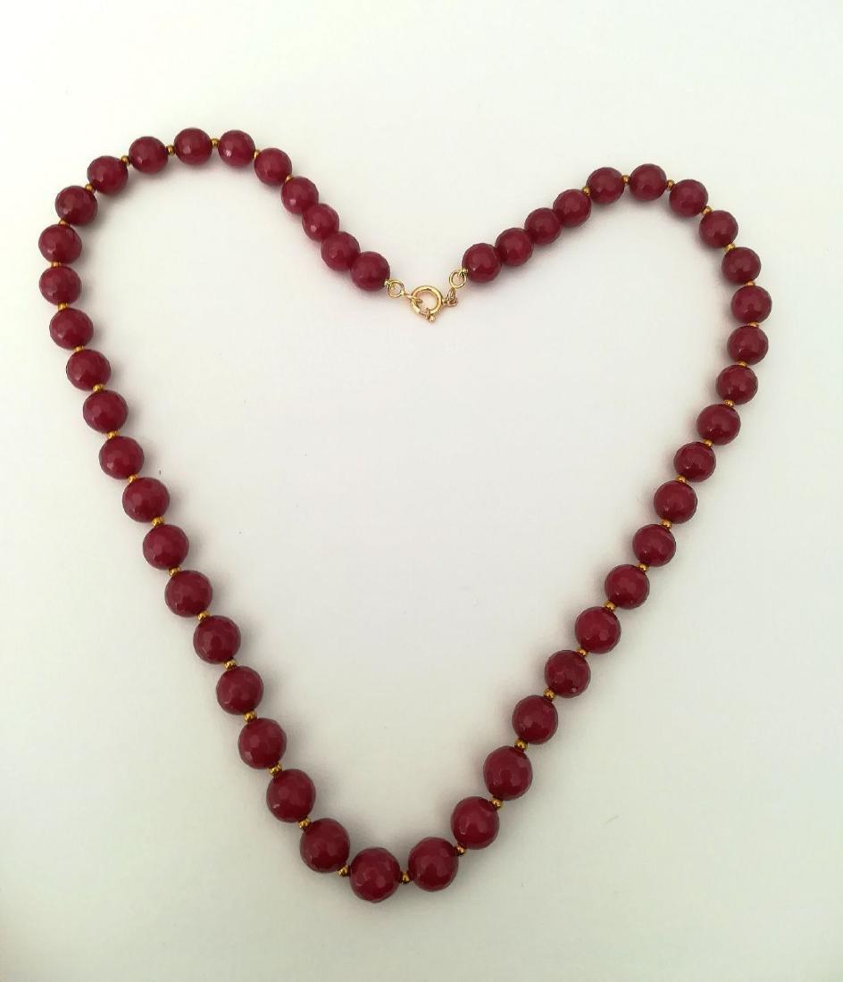 19,2 carats - Necklace Rubis 8 mm Facetados with clasp - 9