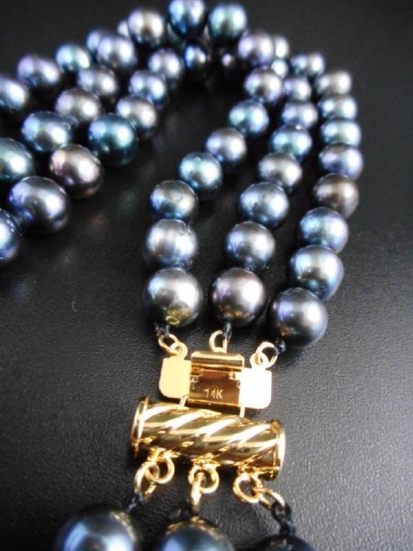 Triple strand pearl necklace of black / blue cultivated - 2
