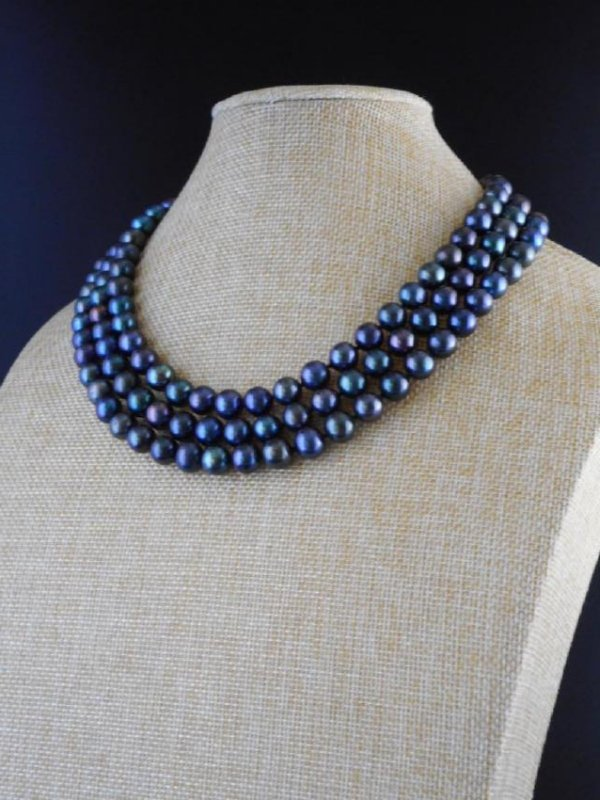 Triple strand pearl necklace of black / blue cultivated - 3