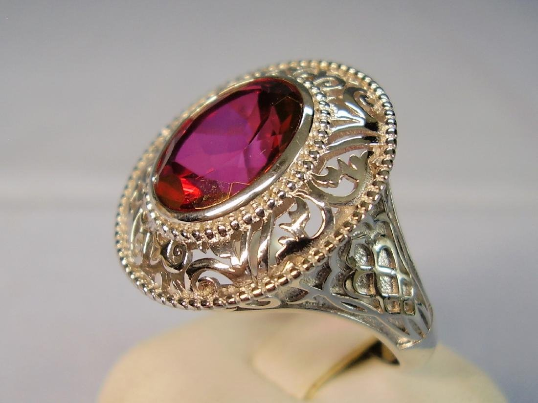 Ring with red Topaze faceted - 6