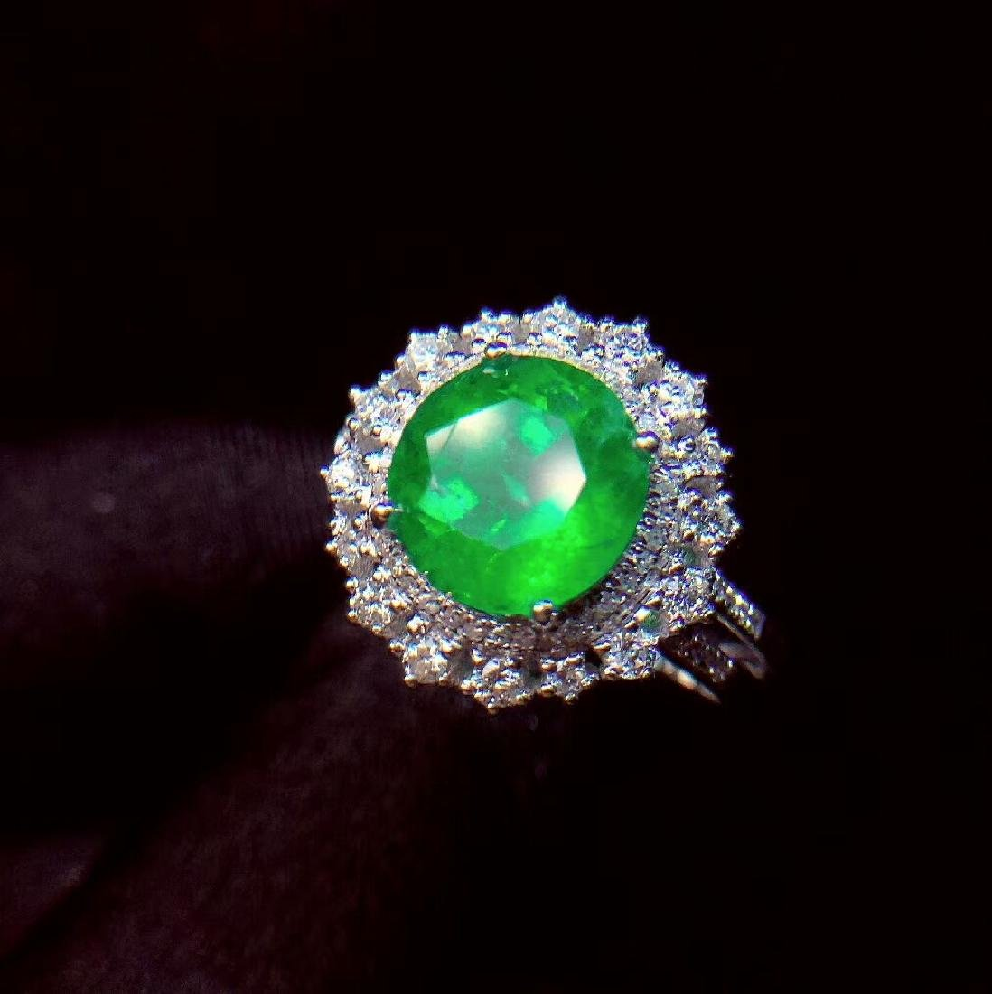 2.27ct Emerald Ring in 18kt white Gold - 3