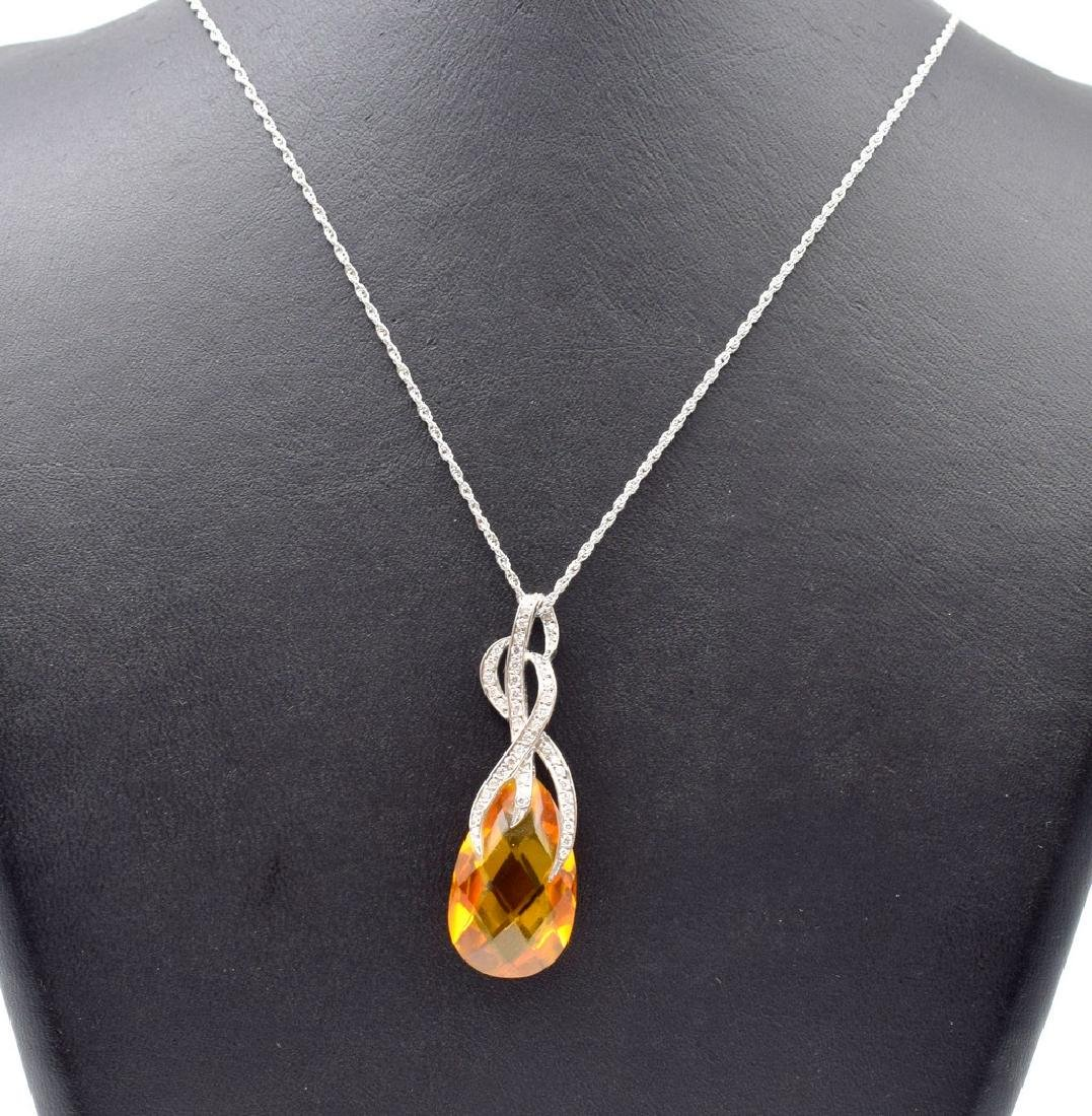18 carat yellow gold necklace with Citrine  pendant