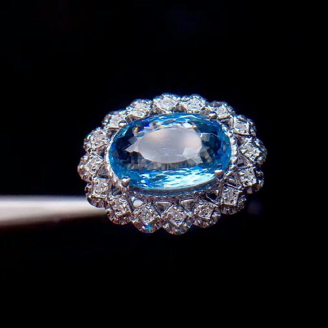 4ct Aquamarine Ring in 18kt White Gold - 4
