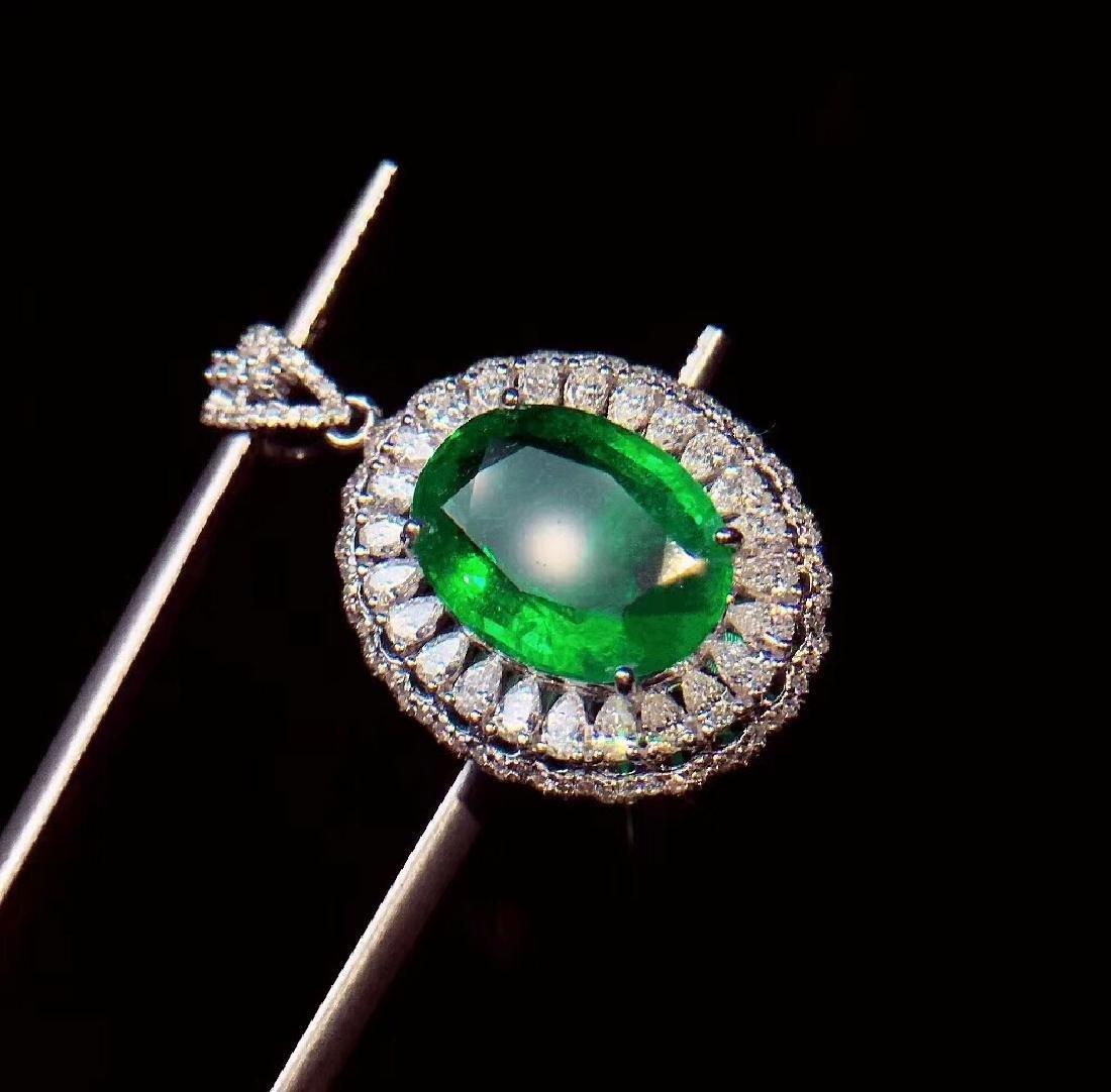 6ct EmeraldPendantin 18kt White Gold - 2