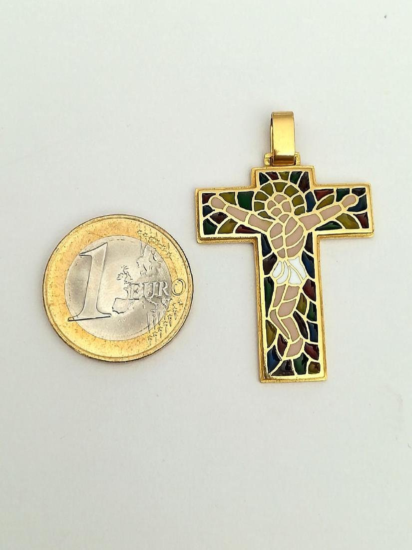 19.2 carats - gold cross with stained glass. - 5