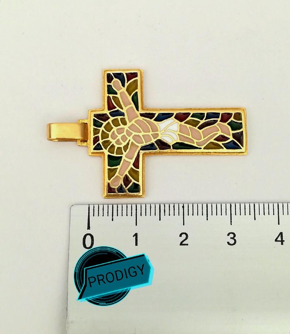 19.2 carats - gold cross with stained glass. - 8